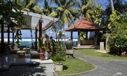 Hotel Anom Beach Inn
