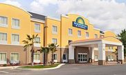 Hotel Days Inn And Suites Savannah North I95