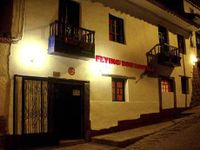 Flying Dog Hostels Cusco