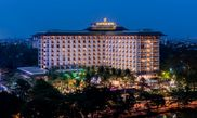 Hotel Chatrium Hotel Royal Lake Yangon