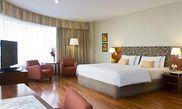 Hotel NH Latino