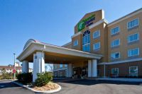 Holiday Inn Express & Suites Palatka Northwest