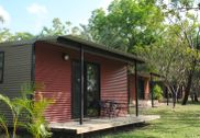 Mary River Park Cabins Jabiru