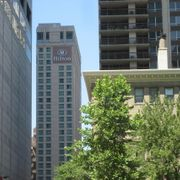 Hilton Suites Chicago-Magnificent Mile