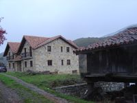Apartamentos Rurales El Cueto