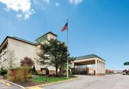 La Quinta Inn & Suites Clifton - Rutherford