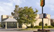 Super 8 Motel Batavia E of Darien Lake Theme Park