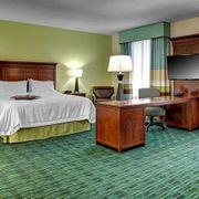 Hampton Inn & Suites Coconut Creek
