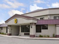 Super 8 Motel - West Greenwich Providence