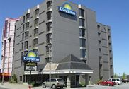 Days Inn Niagara Falls Near the Falls