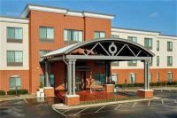 Holiday Inn Express Hotel & Suites Lehigh Valley Airport
