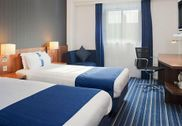 Holiday Inn Express Belfast City - Queen's Quarter