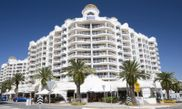 Hotel Phoenician Resort in Broadbeach
