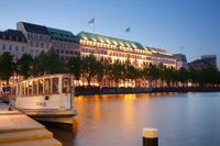 Fairmont Hotel Vier Jahreszeiten Hamburg