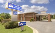 Hotel Americas Best Value Inn & Suites