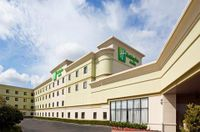 Holiday Inn & Suites Farmington Hills - Novi