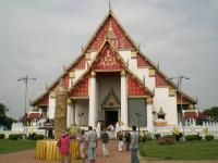 Phra Mongkhol Bophit Schrein