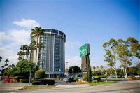 Holiday Inn Long Beach-Airport conf Ctr
