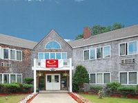 Econo Lodge Inn & Suites  ex Sojourner Inn
