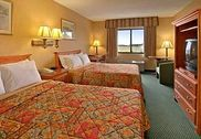Days Inn and Suites Plattsburgh
