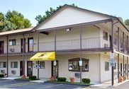 Super 8 Motel - Enfield - Windsor Lks Airport