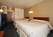 Rodeway Inn & Suites ex Howard Johnson Express Inn and Suites Lake Havasu City