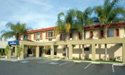 Hotel Howard Johnson Inn and Suites Reseda