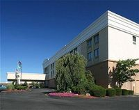 Holiday Inn Harrisburg-East Airport Area
