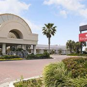 Ramada Plaza Fort Walton Beach Resort / Destin