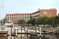 Hilton New Bern - Riverfront