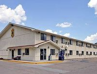 Super 8 Motel - Grand Forks