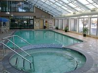 Holiday Inn Hotel & Suites Express Belleville Airport Area