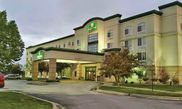 La Quinta Inn & Suites Omaha Airport - Carter Lake