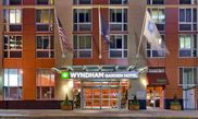 Hotel Wyndham Garden - Newark Airport