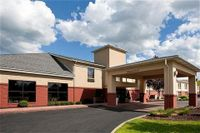 Holiday Inn Express Oakwood Village