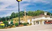 Super 8 Richlands - Claypool Hill Area