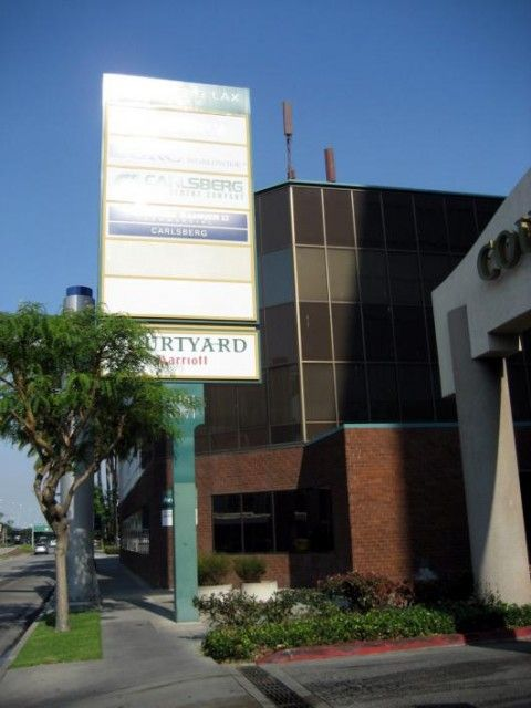 Courtyard by Marriott Los Angeles LAX Century Boulevard (Btiment)