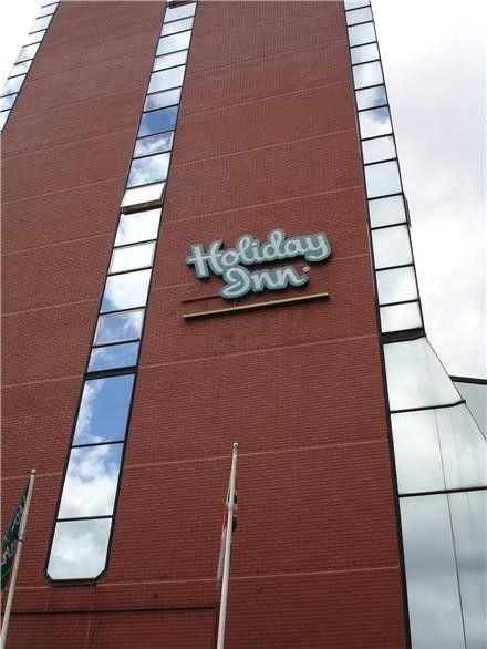 Holiday Inn Harrogate (Building)