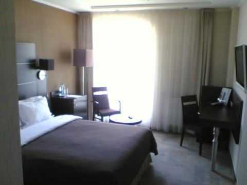 Park Inn by Radisson Sadu (Camera e arredamento)
