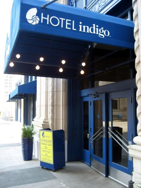 Indigo Dallas Downtown (Building)