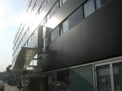 Novotel Zürich City-West (Building)