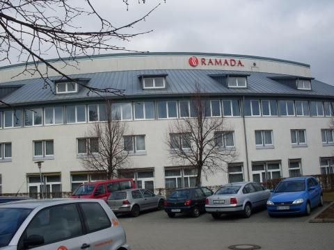 Ramada Dresden (Gebude)
