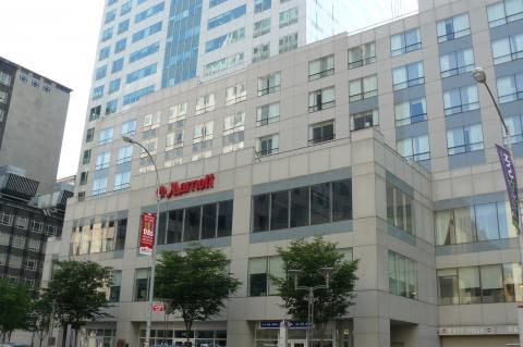 Marriott New York at the Brooklyn Bridge (Edificio)