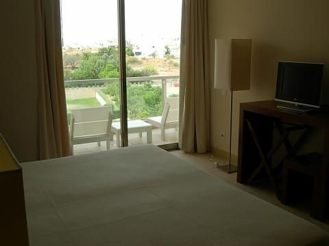 CS São Rafael Suite (Room and features)
