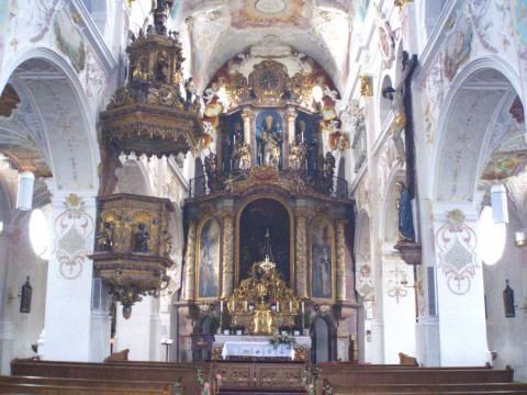 Wallfahrtskirche zur Heiligen Dreifaltigkeit (Innenansicht)