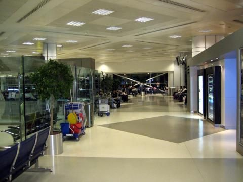 Doha International Airport (Interior view)