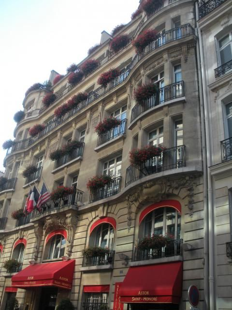 Astor Saint-Honoré (Building)