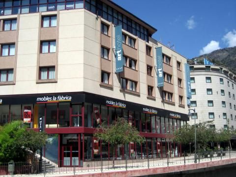 Acta Arthotel (Edificio)