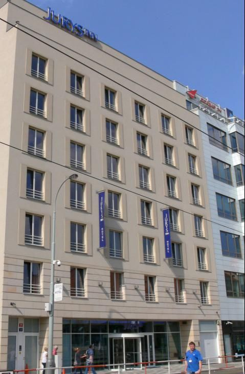 Jurys Inn Prague (Building)