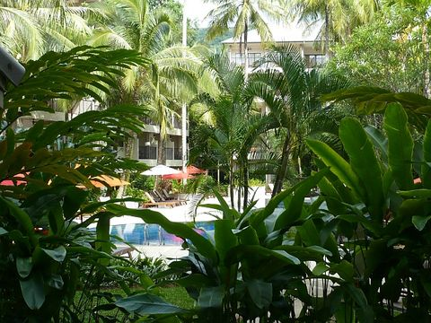 DoubleTree Resort Surin Beach ex Courtyard (Communal areas (e.g. garden))